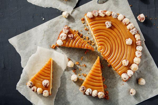 Jak poprawnie pokroić tort?