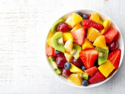 Barwna sałatka owocowa