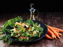 Mix sałat z papryką i marchewką