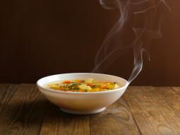Zupa jarzynowa z brokułem