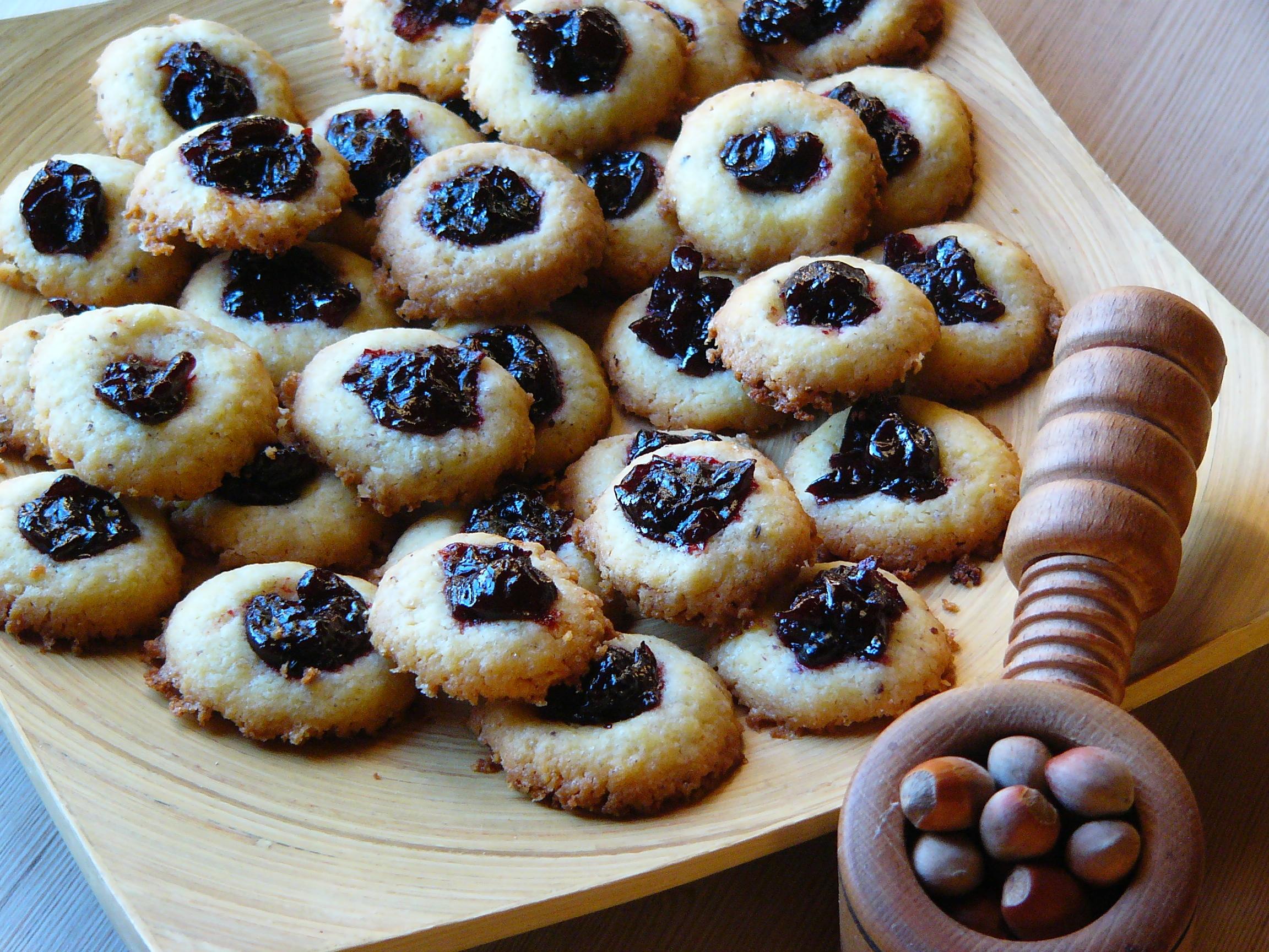 Maślano - orzechowe ciasteczka